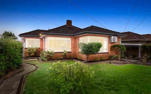 2/15 Virginia Gv, Malvern East VIC 3145