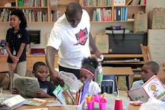 "thomas-davis-defending-dreams-foundation-leadership-academy-billingsville-0083 • <a style=""font-size:0.8em;"" href=""http://www.flickr.com/photos/158886553@N02/36787482290/"" target=""_blank"">View on Flickr</a>"