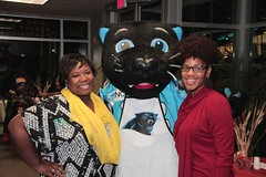 """thomas-davis-defending-dreams-foundation-thanksgiving-at-lolas-0062 • <a style=""""font-size:0.8em;"""" href=""""http://www.flickr.com/photos/158886553@N02/37042947731/"""" target=""""_blank"""">View on Flickr</a>"""