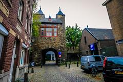 Helpoort (Emilio Guerra) Tags: maastrich lowcountries nederland mastrique netherlands eur2016 limburg holanda maastricht