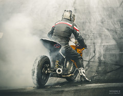 BMW - Burnout (>>Marko<<) Tags: 5dmarkiii dragrace fhra hotrod virtasalmi canon kiihdytys valokuvaus bmw funnybike motorbike smoke burnout savu motorcycle motorsport racebike helmet track suomi finland eteläsavo