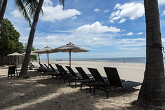 Hua Hin Beach (Cho Shane) Tags: minivacation vacation vacay scenery scenic sceneryphotography sceneryphoto scenerylove sceneryporn amazing amateur amazingshot amazingbeauty amazingview amazingcomposition amazingsight beach thailand huahin ocean oceanside relax relaxing beautiful beautifulview beautifulcomposition beautifulcolors clouds cloudporn composition cloudyday cloudy breathtaking nikon nikond610 nikon2470