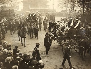 The Late Lord Mayor of Cork : A general view of the procession on the way to Euston