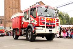 Renault Midlum 270 (Pablo C.M || BANCOIMAGENES.CL) Tags: linares regióndelmaule ciudad city bomberos fiestaspatrias