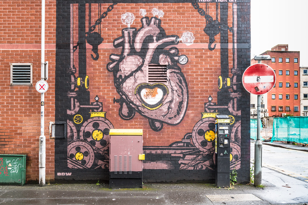 EXAMPLES OF URBAN CULTURE IN BELFAST [STREET ART AND GRAFFITI]-132907