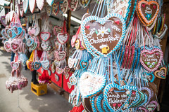 Gingerbread Hearts (cookedphotos) Tags: münchen germany munich travel canon 5dmarkiv oktoberfest beer heart cookie gingerbread