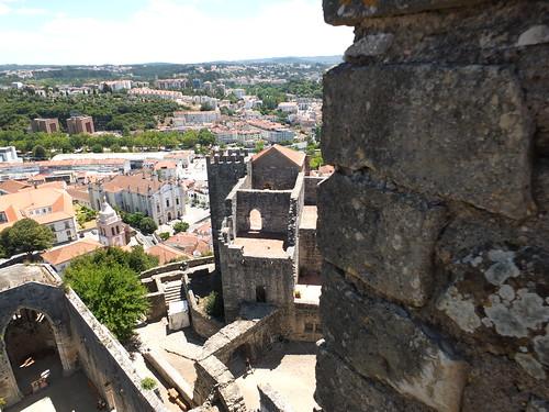 Castillo - Vista de la torre de la Buçaqueira desde la torre del homenaje