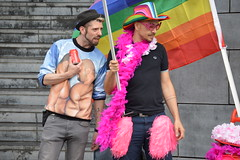 DSC_2026 (O. Herreman) Tags: belgium antwerpen antwerp anvers gay pride 2017 lgbt freedom liberty rights droits homo biseksueel regenboogkleuren regenboogvlag rainbowcolors antwerppride2017 gayprideantwerp gayprideanvers2017 straatfeest streetparty festival fest belgie belgique