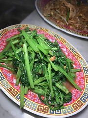 090 (theminty) Tags: solonghi theminty themintycom thaifood dinner