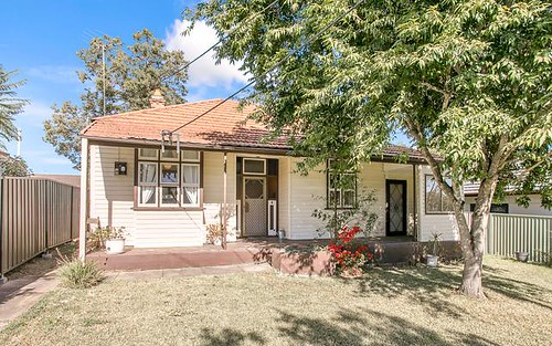 26 Hammers Rd, Northmead NSW 2152