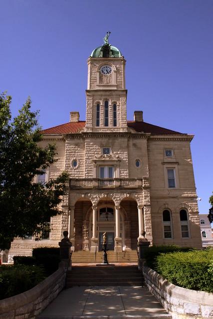 Rockingham County Courthouse (front view) - Harrisonburg, VA