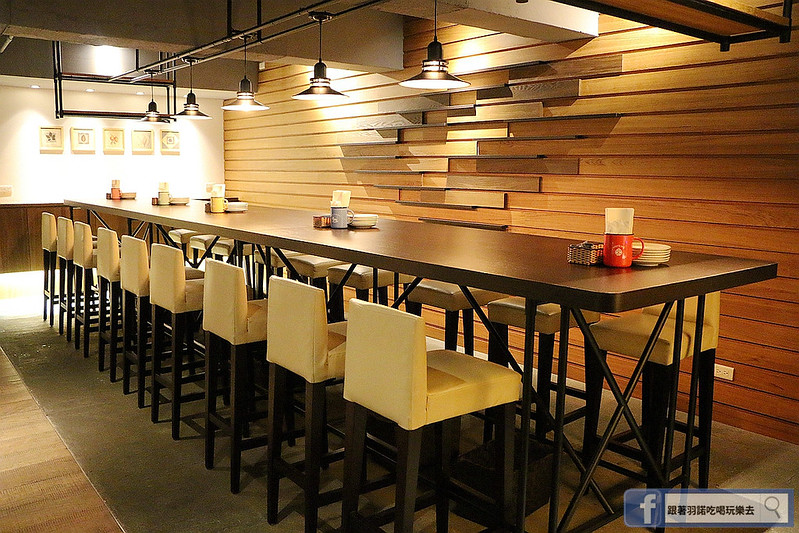 ワインの酒場餐酒館012