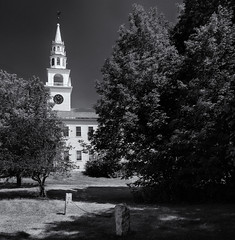 Fitzwilliam meeting house (Tim Ravenscroft) Tags: fitzwilliam meetinghouse church architecture heritage newhampshire usa monochrome blackandwhite blackwhite hasselblad hasselbladx1d x1d