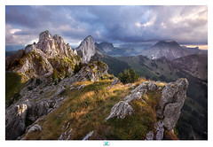 End of the day on the Gastlosen mountains (lionel.fellay) Tags: gastlosen mountains fribourg bern switzerland fujifilm sunset clouds xt2
