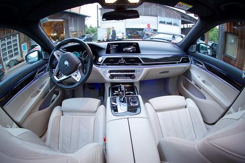 BMW 730 Ld XDrive G12 - 42