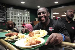 "thomas-davis-defending-dreams-foundation-thanksgiving-at-lolas-0046 • <a style=""font-size:0.8em;"" href=""http://www.flickr.com/photos/158886553@N02/36995407886/"" target=""_blank"">View on Flickr</a>"