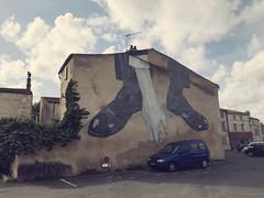 Grab it (nic0v0dka) Tags: france niort street art tag graffiti urban decay citroen wall mur
