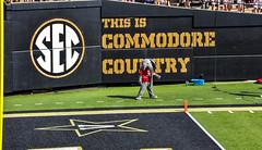 Alabama vs Vanderbilt (Redbird310) Tags: sec football college crimsontide vanderbiltcommadores ncaa nashville
