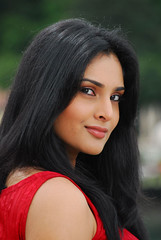 Indian Actress Ramya Hot Sexy Images Set-1 (2)