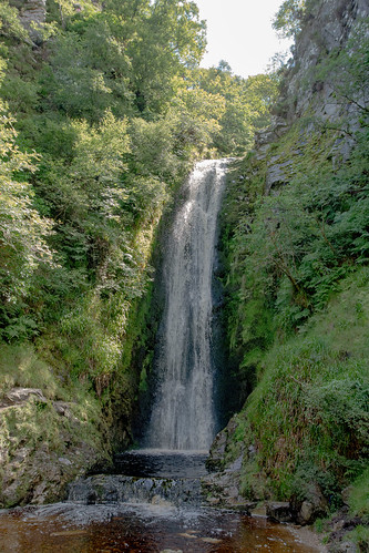 Glenelvin Waterfalls