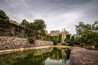 The pond of Berkeley Castle