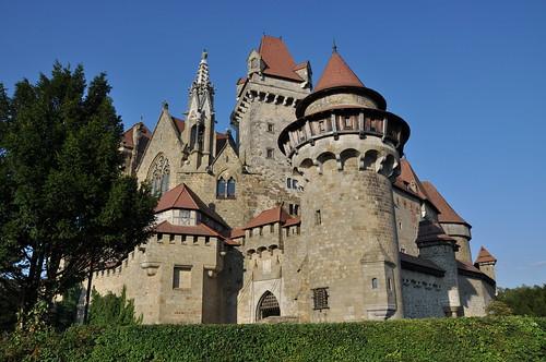 Die Burg im Sonnenschein