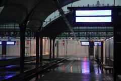 Wrocław Główny train station 11.08.2017 (szogun000) Tags: wrocław poland polska railroad railway rail pkp station wrocławgłówny tracks platforms signals hall d29132 d29271 d29273 d29276 d29285 d29763 e30 e59 evening storm rain power failure dolnośląskie dolnyśląsk lowersilesia canon canoneos550d canonefs18135mmf3556is