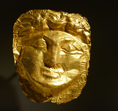 Gold funeral mask - Tartous, Syria, 1st - 4th Century AD (Monceau) Tags: louvre muséedulouvre gold funeral mask syrian face man