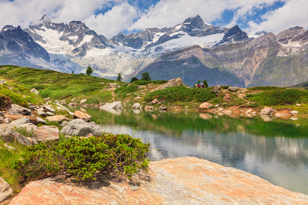 Switzerland. Zermatt - 5 lake trekking.