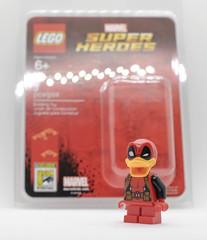SDCC 2017 - Lego Exclusives minifigures (gnaat_lego) Tags: lego sdcc comiccon vixen marvel dccomics deadpoolduck