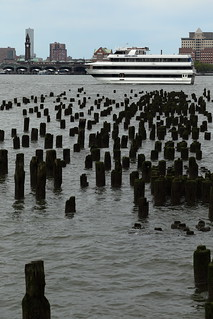 Yacht & Pile Field 1 (Hudson River Park/NYC)