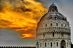 Pisa Baptistery (gerard eder) Tags: world travel reise viajes europa europe italy italia italien toskana tuscany pisa duomo cathedral catedral kathedrale baptistery baptisterio architecture architektur arquitectura sunset sonnenuntergang puestadesol clouds nubes wolken gewitter tormenta thunder sky himmel cielo city ciudades cityview cityscape städte stadtlandschaft skyline nikon nikond5100 bluehour