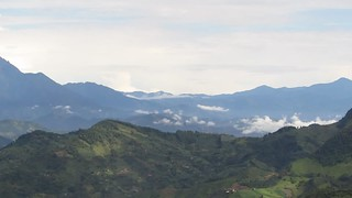 Video showing the occidental cordillera with Farallones del Citará (highest peak 4020 m asl) from Jardin's region,  during and orchid and nature observation tour I guided, Antioquia department, Colombia