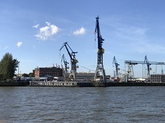 (emed0s) Tags: wwii war dock harbour hamburg