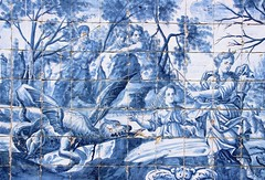 Porto Sé (richardr) Tags: porto sé portosé oporto cathedral church igreja ceramic tile tiles tiling azulejo dragon building architecture portugal portuguese portuguesa europe european old city history heritage historic myth mythology