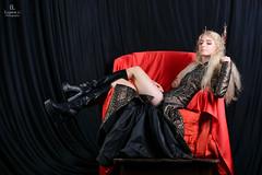 Thranduil Cosplay (Eugine Li) Tags: hobbit thranduil cosplay woman girl color dark red