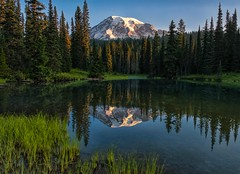Morning Glory (Philip Kuntz) Tags: sunrise dawn daybreak reflections mtrainier reflectionlakes volcano mtrainiernationalpark washington