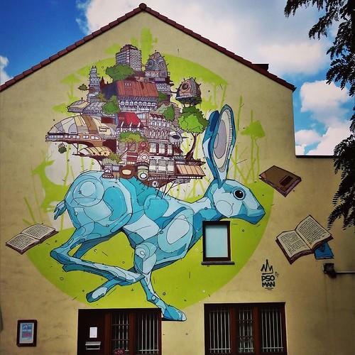 Can #rabbits read ? / #art by #PsoMan. #brussels #Belgium #streetart #graffiti #streetartbel #streetart_daily #urbanart #urbanart_daily #graffitiart_daily #graffitiart #streetarteverywhere #mural #wallart #bxl #ilovestreetart #igersstreetart #igersbe #rsa