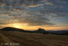 """Königstein und """"Quirl"""" (binax25) Tags: elbsandsteingebirge sächsischeschweiz saxon switzerland festung königstein quirl berg tafelberg rock castle sunrise sonnenuntergang hdr"""
