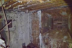 DSC_6662 (PorkkalaSotilastukikohta1944-1956) Tags: bunkkeri hylätty neuvostoliitto porkkalanparenteesi porkkala porkkalanparenteesibunkkeri abandoned bunker soviet degerby suomi finland exploring