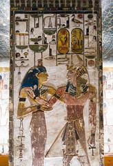 KV17, The Tomb of Seti I, Pillared chamber F (kairoinfo4u) Tags: egypt luxorwestbank valleyofthekings eastvalley thebeswestbank thebes tombofsetyi kv17 setyi égypte egitto egipto unescoworldheritagesites ägypten luxor sethosi setii tombofsetii