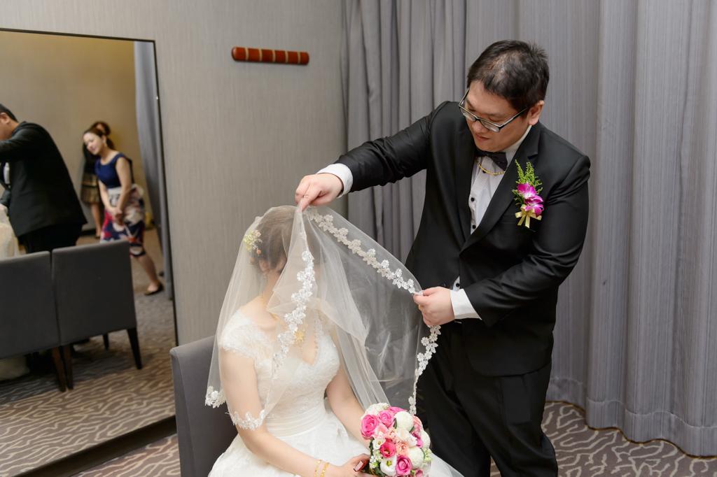 婚攝小勇,小寶團隊, 台北婚攝, 寒舍樂樂軒, 寒舍樂樂軒婚攝, 寒舍樂樂軒婚宴, 半生不熟蘋果誌, wedding day-035
