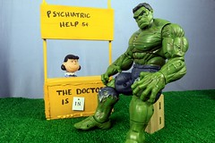 Lucy - Why Am I So Angry? (MayorPaprika) Tags: marvel legends incredible hulk 14 inch lucyvanpelt peanuts charliebrown porcelain psychiatric booth nickel counseling funny 16 custom diorama set toy story canoneos50d