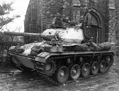 "M24 Chaffee • <a style=""font-size:0.8em;"" href=""http://www.flickr.com/photos/81723459@N04/36548434081/"" target=""_blank"">View on Flickr</a>"