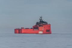 Stubby Aurora (SPMac) Tags: esvagt aurora errv emergency rescue response recovery vessel standby arctic circle barents sea norway eni norge goliat fpso 71227 floating production storage oil gas cold high latitude visual distortions phenomena atmosphericrefractionphenomena looming
