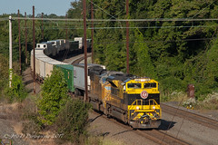 NS EMD SD70ACe #1069 @ Oxford Valley, PA (Darryl Rule's Photography) Tags: 2017 24k buckscounty cpjohn catenary diesel diesels emd eastbound freight freightcar freighttrain freighttrains heritage heritageunit heritageunits intermodal intermodalyard mv5 morrisville morrisvilleline morrisvilleyard ns norfolksouthern pa pc prr penncentral pennsy pennsylvania pennsylvaniarailroad railroad railroads sd70ace sd70m september summer sun sunny train trains trentoncutoff up unionpacific virginian