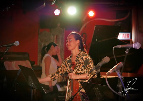 Julia Meynert-Guarino & Riko Higuma #music #duet #NewYork #violin #piano