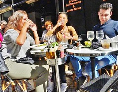 2017-09-21  Paris - Bianco - 60 rue Montorgueil (P.K. - Paris) Tags: people candid street café terrasse terrace