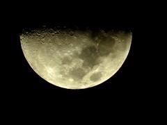 Half moon (tyrajade) Tags: luna crater sky nightsky australia nighttime night halfmoon moon