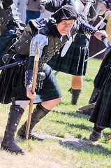 Scottish Halberdiers (GazerStudios) Tags: hats scottish kilts warriors battle boots livinghistory celtic 55300mm nikond90 halberds weapons yummy armor men black renaissance 15thcentury leather historicalreenactment berets crochet bracers dirks groups